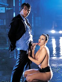 Laura Angel and Her Man Are so Horny They Hump in the Rain